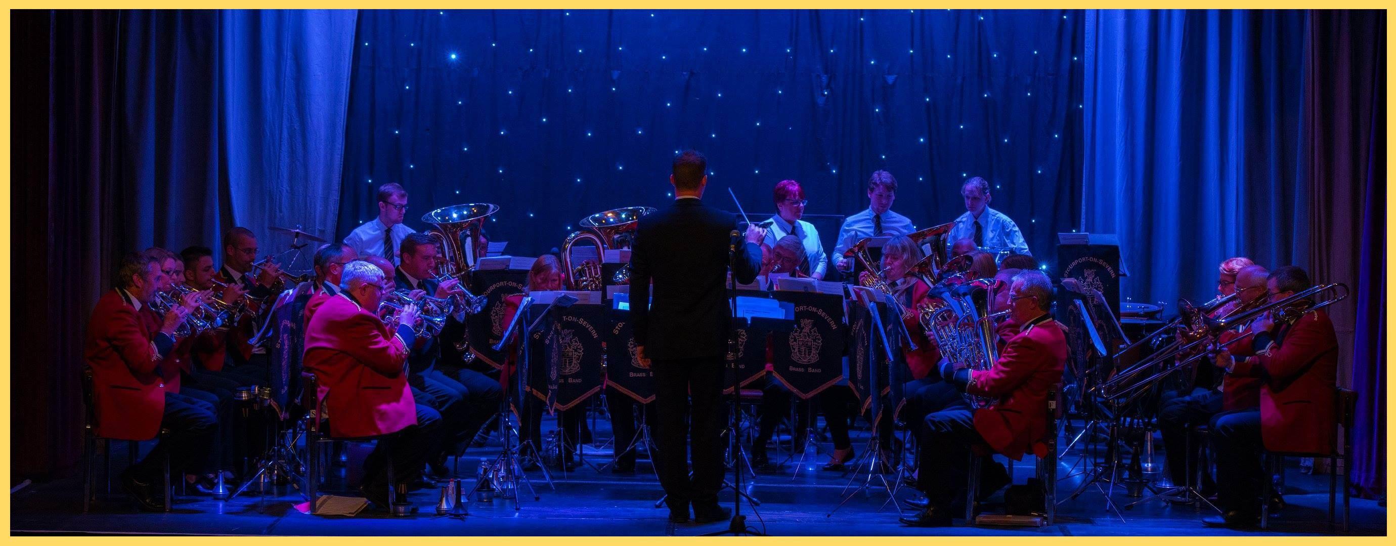 Stourport Band at Christmas 2015b